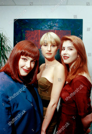 """Wilson Phillips, seen in Los Angeles in October 1990, is the first act, according to Billboard Magazine, to land two No. 1 singles in 1990. """"Hold On"""" and """"Release Me"""" have been to the top of the list. Band members are, from left, Carnie Wilson, Chynna Phillips, and Carnie's younger sister, Wendy Wilson"""