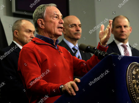 Michael Bloomberg, Salvatore Cassano, Ray Kelly, Cas Holloway New York Mayor Michael Bloomberg, foreground, briefs the media about the pending snow storm, at New York City's Office of Emergency Management, . He is accompanied by Police Commissioner Ray Kelly, left, Fire Commissioner Salvatore Cassano, second from right, and Deputy Mayor for Operations Cas Holloway. Snow began to fall as a massive blizzard headed for the American Northeast on Friday, sending residents scurrying to stock up on food and supplies ahead of a storm poised to dump up to 3 feet of snow from New York City to Boston and beyond