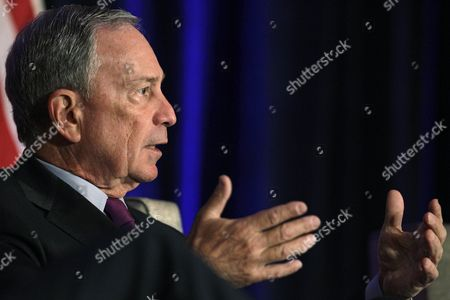 Michael Bloomberg New York City Mayor Michael Bloomberg takes part in a discussion of economics and the politics of immigration with former White House Chief of Staff William Daley during a meeting of The Chicago Economic Club, in Chicago