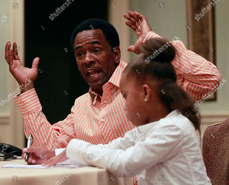 """Quvenzhané Wallis, Dwight Henry Actress Quvenzhané Wallis and actor Dwight Henry, first time actors who play the starring roles in the movie """"Beasts Of The Southern Wild,"""" speak during an interview in New Orleans"""