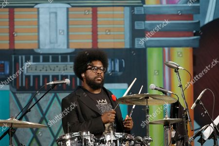 """Ahmir Thompson, Questlove The Roots' Ahmir """"Questlove"""" Thompson performs during an Independence Day celebration, in Philadelphia"""