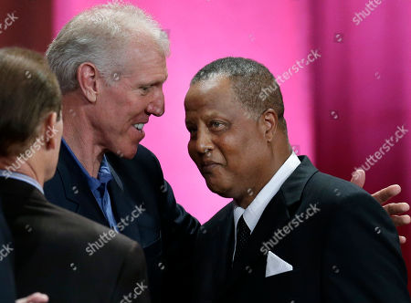 Jamaal Wilkes, Bill Walton Inductee Jamaal Wilkes, right, is congratulated by Bill Walton during the enshrinement ceremony for the 2012 class of the Naismith Memorial Basketball Hall of Fame at Symphony Hall in Springfield, Mass
