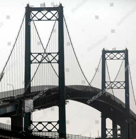 "Traffic rolls over the the Vincent Thomas Bridge in the San Pedro section of Los Angeles on Monday Aug. 20,2012. Tony Scott, director of such Hollywood hits as ""Top Gun,"" ''Days of Thunder"" and ""Beverly Hills Cop II,"" died, after jumping from the Los Angeles County bridge, authorities said"