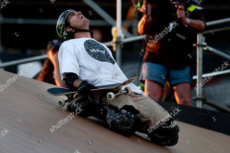 Bob Burnquist Bob Burnquist, of Rio de Janeiro, Brazil, celebrates landing a trick in the finals of the Skateboard Big Air event at the X Games, at Chick Hearn Court in Los Angeles. Burnquist won first, earning him nine gold medals over eighteen X Games appearances