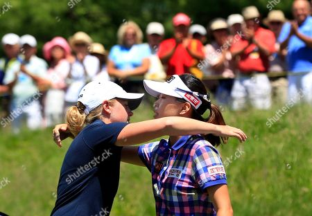Stacy Lewis, Sun Young Yoo Stacy Lewis, left, hugs Sun Young Yoo, of South Korea, on the 18th hole after their third round match in the LPGA Sybase Match Play Championship golf competition at Hamilton Farm Golf Club in Gladstone, N.J., . Lewis won 1-up