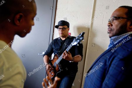 Kirk Franklin, Israel Houghton, Marvin Sapp Gospel singers Kirk Franklin, from left, Israel Houghton and Marvin Sapp, wait backstage before taping a television show in Atlanta. There is a lot riding on the expanding brand of gospel music through the upcoming King's Men concert tour featuring Kirk Franklin, Marvin Sapp, Donnie McClurkin and Israel Houghton. The King's Men concert series will be the first gospel tour backed by Live Nation Inc., the world's largest concert promoter. It's also the first step toward proving that the genre can broaden its fan base and become a lucrative business for the promotional company
