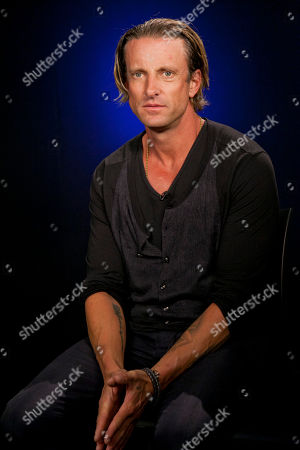 Daniel Powter Singer songwriter Daniel Powter poses for a photo in Los Angeles