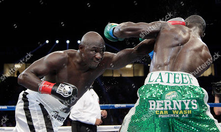 Antonio Tarver, Lateef Kayode Antonio Tarver, left, punches Lateef Kayode, of Nigeria, in the ninth round of a cruiserweight boxing match in Carson, Calif., . The fight ended in a draw