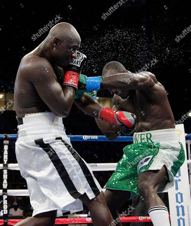 Antonio Tarver, Lateef Kayode Antonio Tarver, left, and Lateef Kayode, of Nigeria, exchange punches in the ninth round of a cruiserweight boxing match in Carson, Calif., . The fight ended in a draw