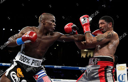 Winky Wright, Peter Quillin Winky Wright, right, takes a punch from Peter Quillin in the fifth round of a middleweight boxing match in Carson, Calif., . Quillin won by unanimous decision after the 10th round