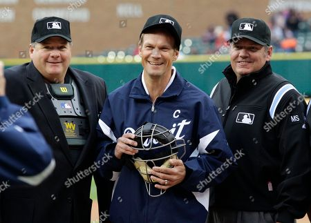 Nicklas Lidstrom Former Detroit Red Wing Nicklas Lidstrom, of Sweden, poses with umpires before the Detroit Tigers-New York Yankees baseball game in Detroit
