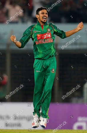 Bangladesh's Nasir Hossain celebrates the dismissal of England's James Vince during their third one-day international cricket match in Chittagong, Bangladesh