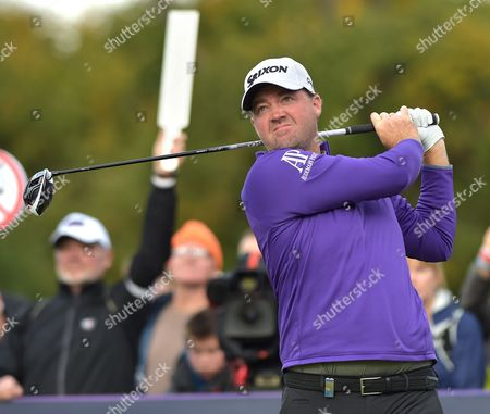 Peter Hanson of Sweden plays off the 2nd tee in the final round of The British Masters golf at The Grove, Hertfordshire on Sunday 16th October 2016.
