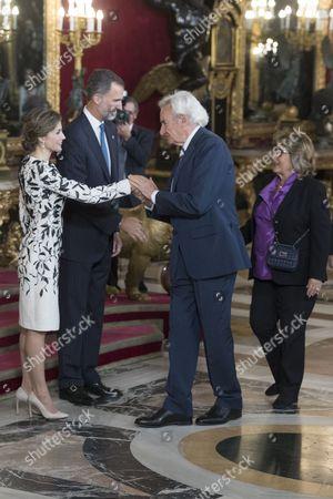 King Felipe VI and Queen Letizia greet Luis del Olmo and Mercedes Gonzalez