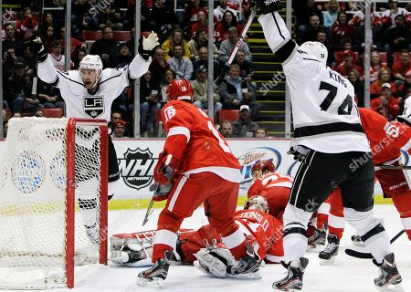 Jeff Carter Los Angeles Kings center Jeff Carter (77) celebrates his goal against Detroit Red Wings goalie Joey MacDonald (31) during the first period of an NHL hockey game in Detroit, . At right is Los Angeles Kings left wing Dwight King (74