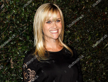 """Stock Photo of Reese Witherspoon Actress Reese Witherspoon arrives at the world premiere of the music video for Paul McCartney's song, """"My Valentine."""" Witherspoon's mother has filed a petition of annulment to wipe out her husband's recent second marriage. Mary Elizabeth Witherspoon says in court documents filed May 8 in Nashville that her husband John Drake Witherspoon has taken a second wife who may be taking advantage of his mental condition"""