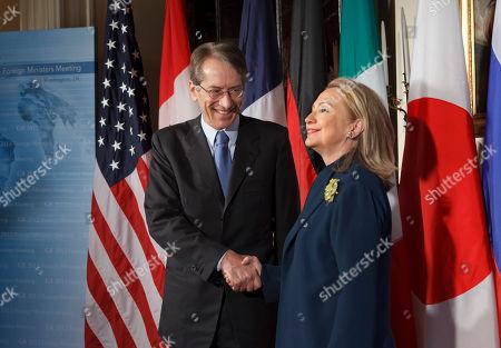 Hillary Rodham Clinton, Giulio Terzi di Sant' Agata Secretary of State Hillary Rodham Clinton welcomes Italy's Foreign Minister Giulio Terzi di Sant' Agata to the G8 foreign ministers at the Blair House in Washington