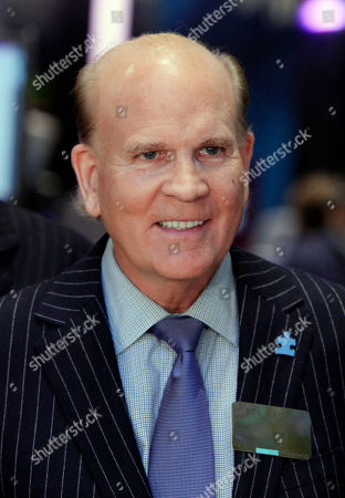 Bob Wright Autism Speaks Co-founder Bob Wright, the former chairman of NBC Universal, visits the the trading floor of the New York Stock Exchange after ringing the opening bell, honoring the fifth anniversary of World Autism Awareness Day