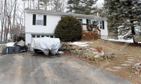 """A home bought by Edward Maher, under the name of Steven King, in 1996, is seen in Laconia, N.H. The British fugitive, Maher, dubbed """"Fast Eddie,"""" for a 1993 armored-cart heist, lived in the house with his family for several years before quickly packing up and leaving"""