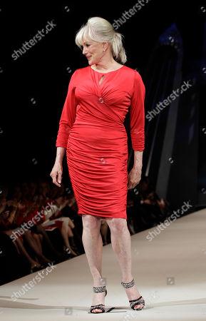 L:inda Evans Actress Linda Evans models Tadashi Shoji during the Heart Truth Red Dress fashion show in New York