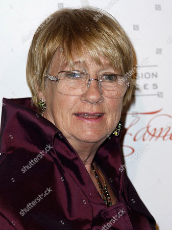 "Kathryn Joosten In this March 1, 2012 photo, Kathryn Joosten arrives at the Academy of Television Arts and Sciences 21st Annual Hall of Fame Gala in Beverly Hills, Calif. Joosten, a veteran character actress who played the crotchety, nosey Karen McCluskey on ABC's ""Desperate Housewives,"" has died. She was 72. Publicist Nadine Jolson said Joosten, who had battled lung cancer for years, died, in Los Angeles"