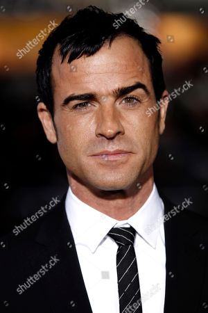 "Justin Theroux Cast member Justin Theroux arrives at the premiere of ""Wanderlust"" in Los Angeles. Jennifer Aniston's rep, Stephen Huvane, on confirmed to The Associated Press that Theroux and the actress are engaged. It was first reported by People.com"