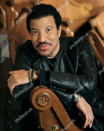 Lionel Richie Singer-songwriter Lionel Richie in Nashville, Tenn. Richie and the late vocalist Etta James will be inducted into the Apollo Theater's hall of fame on June 4, 2012