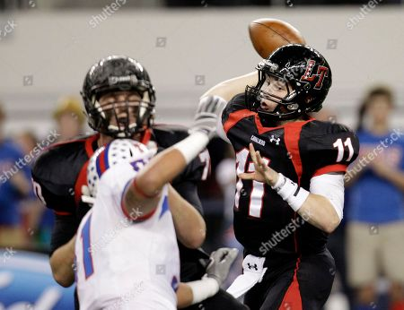 Baker Mayfield, Adam Deleon Austin Lake Travis quarterback Baker Mayfield (11) passes under pressure from Waco Midway's Adam Deleon, front, in the first half of the Class 4A Division 1 high school championship football game, in Arlington, Texas