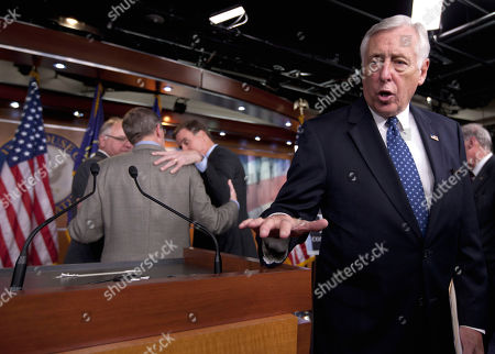 Steny Hoyer, Tim Walz, Kent Conrad, Mark Warner House Minority Whip Steny Hoyer of Md., right, answers questions after a news conference on Capitol Hill in Washington, . Huddling behind him, from left are, Rep. Tim Walz, D-Minn., Sen. Sen. Kent Conrad, D-N.D, and Sen. Mark Warner, D-Va