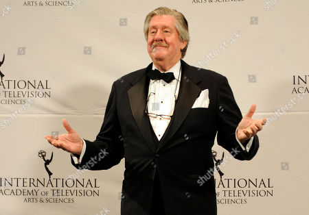"""Stock Picture of Edward Herrmann Edward Herrmann after presenting an award at the 39th International Emmy Awards, in New York. The son of Edward Herrmann says the """"Gilmore Girls"""" star and Tony Award-winner has died. Rory Herrmann said that his father died, in a New York City hospital where he was being treated for brain cancer. Edward He was 71"""