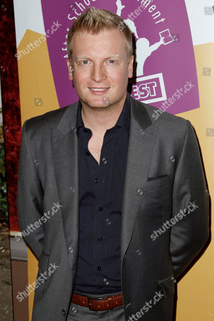 "Kris Lythgoe Kris Lythgoe arrives at the Grand Opening Fundraiser Gala of a Lythgoe Family Production of ""A Snow White Christmas,""in Los Angeles"