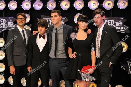 Alex Suarez, Nate Novarro, Gabe Saporta, Victoria Asher, Ryland Blackinton, Cobra Starship From left, Alex Suarez, Nate Novarro, Gabe Saporta, Victoria Asher and Ryland Blackinton of Cobra Starship arrive at the MTV Video Music Awards, in Los Angeles