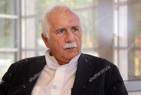 Moshe Safdie In Bentonville, Ark., architect Moshe Safdie is interviewed at Crystal Bridges Museum of American Art