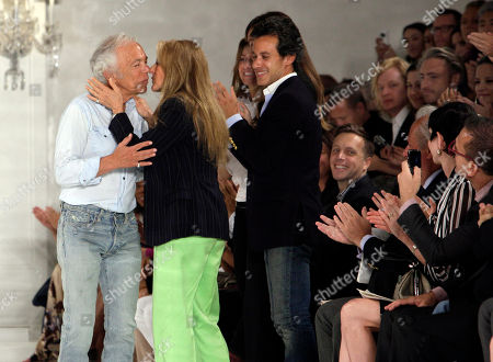Ralph Lauren, Ricky Lauren, Dylan Lauren, Andrew Lauren Designer Ralph Lauren, left, is kissed by his wife Ricky, as his daughter Dylan, third left, and son Andrew applaud after the spring 2012 Ralph Lauren Collection was modeled during Fashion Week in New York