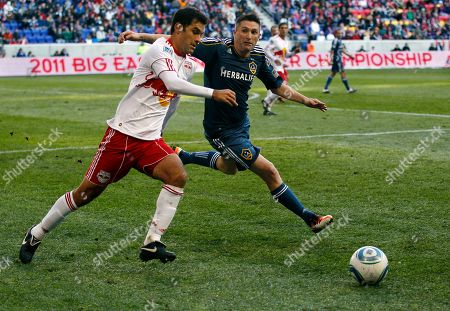 Rafa Marquez, Robbie Keane New York Red Bulls defender Rafa Marquez, left, of Mexico, tries to get the ball away from Los Angeles Galaxy forward Robbie Keane (14), of Ireland, during the second period of an MLS soccer match, Newark, N.J. Galaxy won 1-0