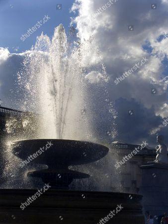 Fountain, Trafalgar Square, London, England, Britain - Aug 2006