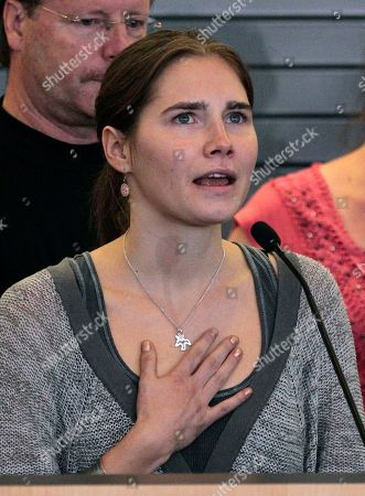 Stock Picture of Amanda Knox Amanda Knox, standing in front of her father, Curt Knox, and other supporters, speaks at a news conference shortly after her arrival at Seattle-Tacoma International Airport in Seattle. Knox was freed on October 3 after an Italian appeals court acquitted her on murder charges after four years in prison. Curt Knox says Amanda would like to go back to her university and finish her degree, but that he worries about what the time in prison has done to his 24-year-old daughter