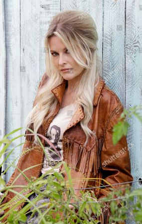 Elizabeth Cook This photo shows country singer Elizabeth Cook in Nashville, Tenn