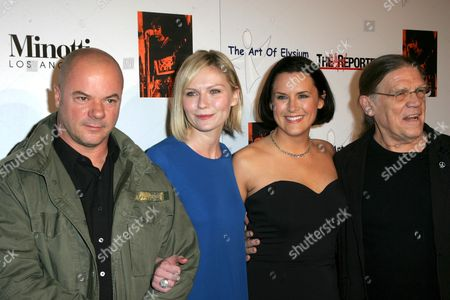 Russell Young, Kirsten Dunst, Jennifer Howell and Henry Diltz