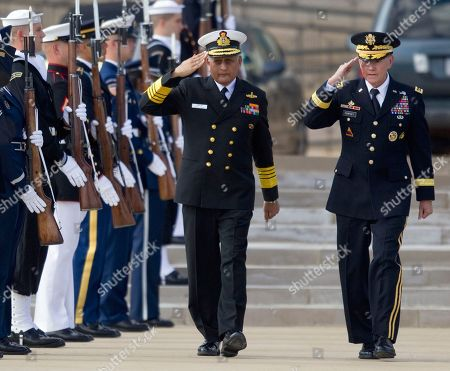 Martin Dempsey, Nirmal Verma Joint Chiefs Chairman Gen. Martin Dempsey, right, welcomes India's Chairman of the Chiefs of Staff Committee Adm. Nirmal Verma during a full honors arrival ceremony at the Pentagon