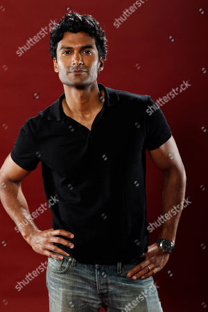 """Sendhil Ramamurthy Actor Sendhil Ramamurthy, from """"Covert Affairs"""", poses for a portrait at the LMT Music Lodge during Comic Con in San Diego"""