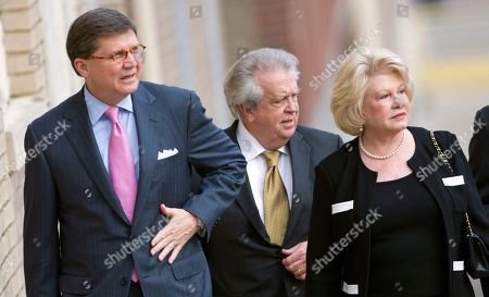 Joe Espy, Milton McGregor, Patricia McGregor Attorney Joe Espy, left, walks to the federal building with casino owner Milton McGregor and McGregor's wife Patricia in Montgomery, Ala., . The trial of McGregor and eight other defendants on federal bribery and conspiracy charges is expected to go to the jury Friday