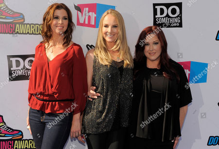 Wendy Wilson, Chynna Phillips, Carnie Wilson From left, Wendy Wilson, Chynna Phillips and Carnie Wilson, of music group Wilson Phillips, arrive at the Do Something Awards on in Los Angeles