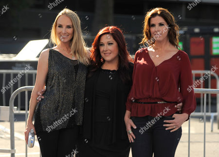 Chynna Phillips, Carnie Wilson, Wendy Wilson From left, Chynna Phillips, Carnie Wilson, and Wendy Wilson, of the band Wilson Phillips, arrive at the Do Something Awards on in Los Angeles