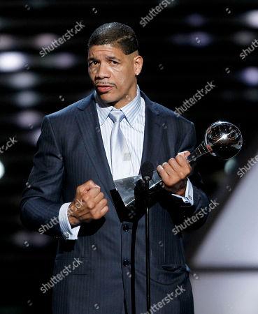 Dewey Bozella Dewey Bozella accepts the Arthur Ashe Award for Courage at the ESPY Awards, in Los Angeles