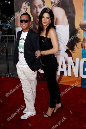 "Sandra Bullock, Jonathon Komack Martin Sandra Bullock, right, and executive producer Jonathon Komack Martin arrive at the premiere of ""The Change-Up"" in Los Angeles, . ""The Change-Up"" opens in theaters Aug. 5, 2011"