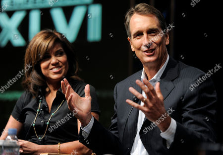 "Chris Collinsworth, Michele Tafoya Chris Collinsworth, right, game analyst for ""Sunday Night Football,"" takes part in a panel discussion with sideline reporter Michele Tafoya at the NBC Universal summer press tour, in Beverly Hills, Calif"