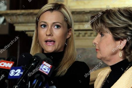 Ginger Lee, Gloria Allred Former porn actress Ginger Lee, left, reads a prepared statement as her attorney Gloria Allred listens during a news conference at the Friars Club, in New York, . Lee, who said she exchanged emails and messages over Twitter with New York Rep. Anthony Weiner, said Wednesday that he asked her to lie about their online communications