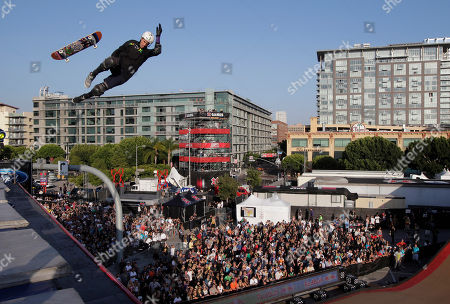 Bob Burnquist Bob Burnquist, of Brazil, loses his skateboard while competing in the Skateboarding Big Air final at X Games in Los Angeles, . Burnquist won the final
