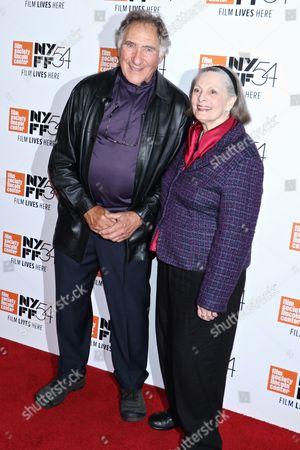 Judd Hirsch and Dana Ivey